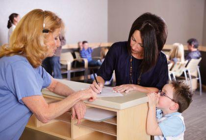 medical-receptionist-front-desk-medical-practice